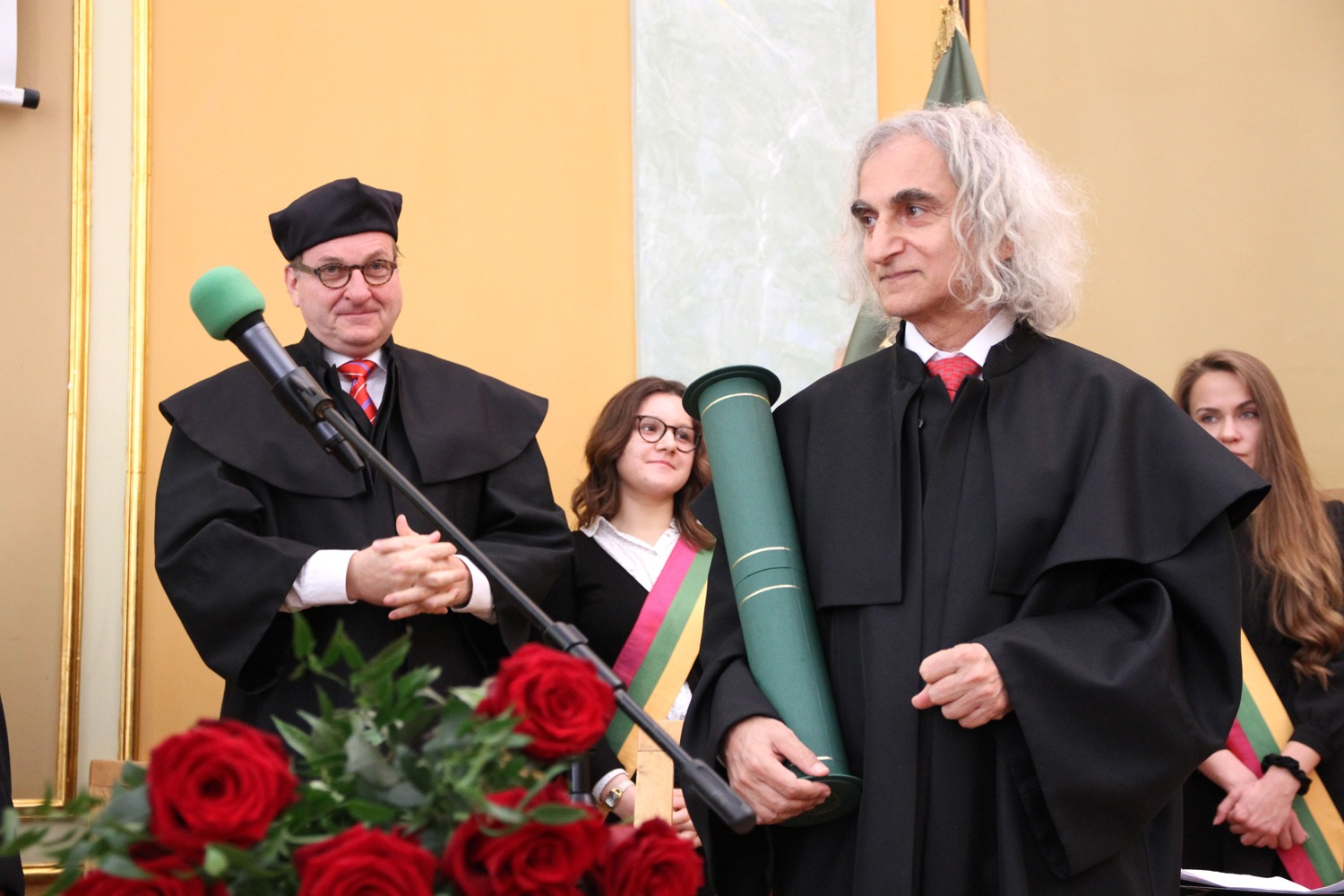 The title of doctor honoris causa for prof. Oded Galor